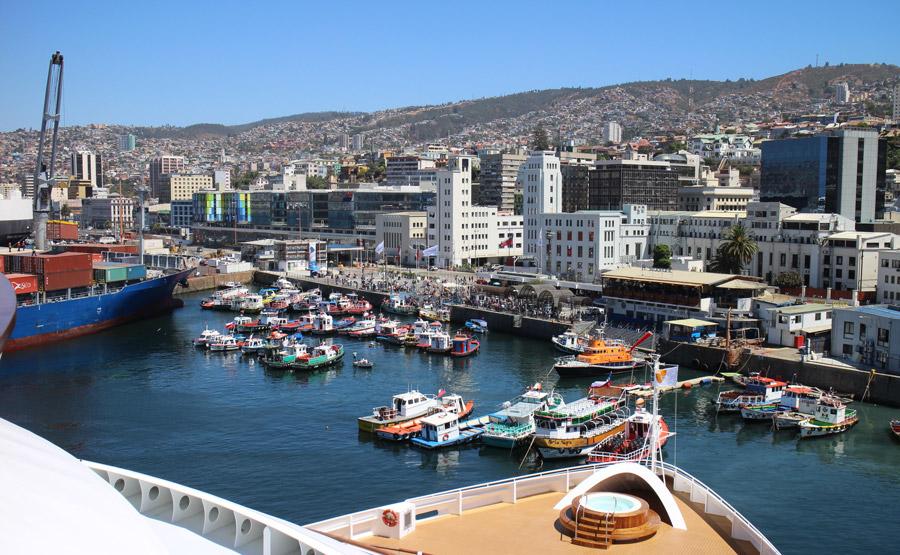 View of Valparaíso from a cruise ship
