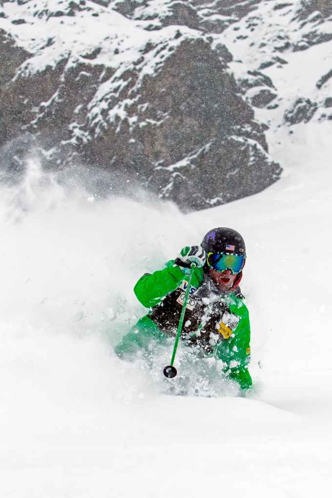 U.S. Ski Team coach Ian Garner skiing powder snow in Portillo. Photo courtesy of Ski Portillo.