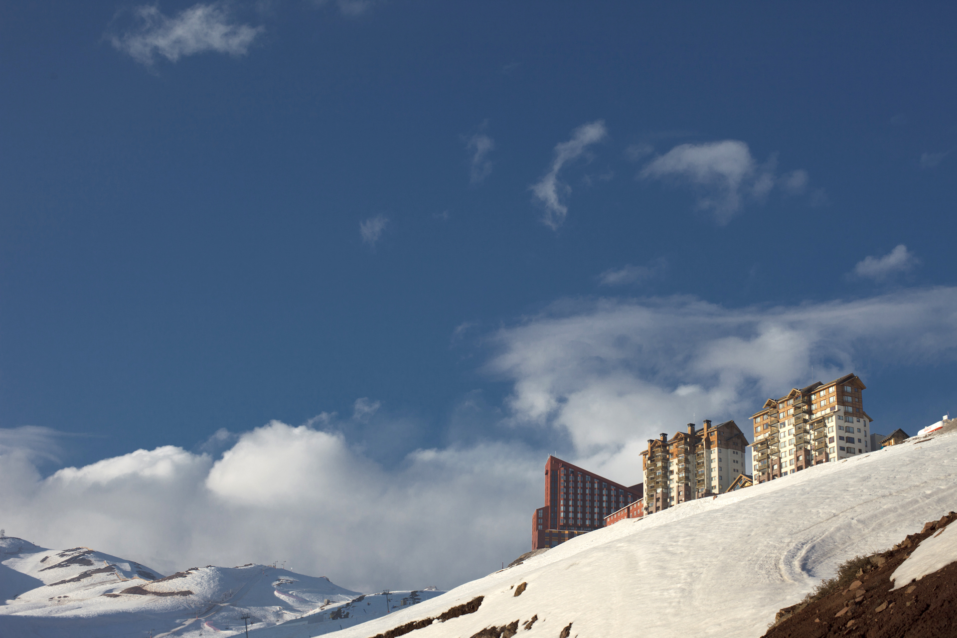 View of Valle Nevado. Photo by Jimmy Baikovicius.