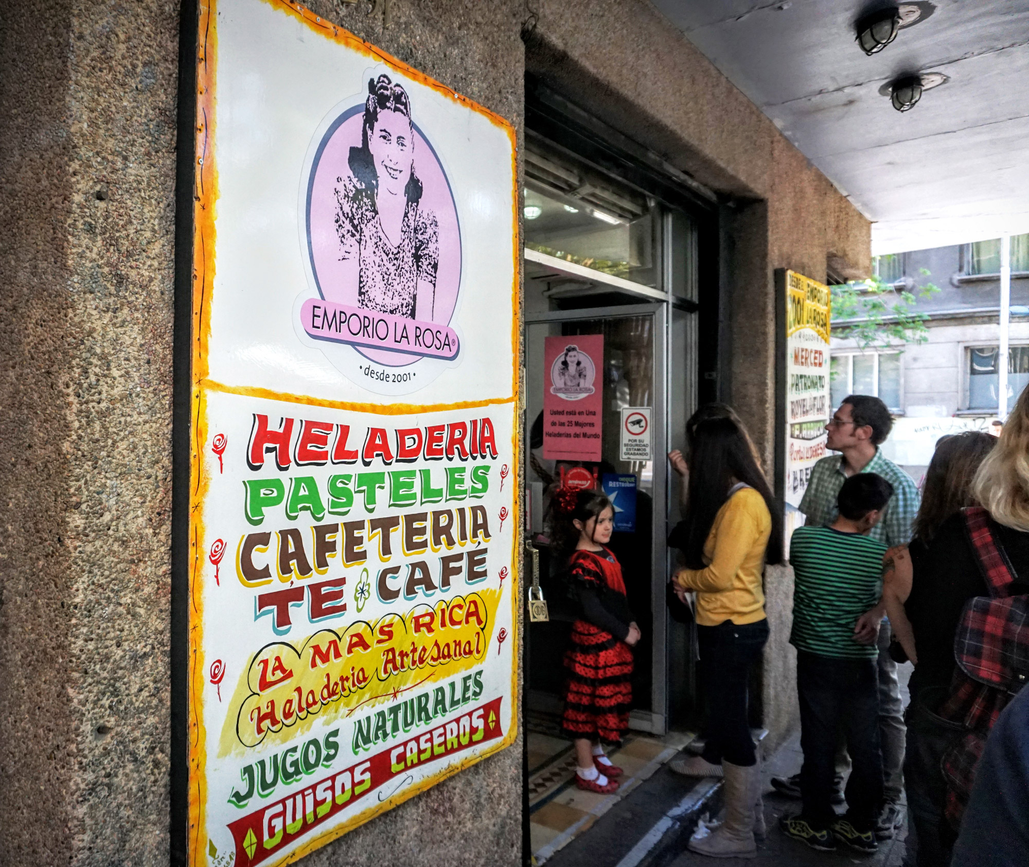 The original Emporio La Rosa, one of Santiago's best-known traditional ice cream shops.